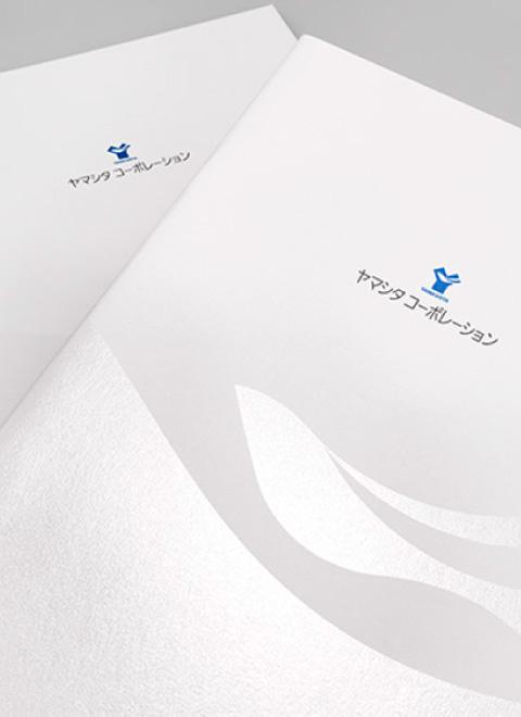 ロゴをキービジュアルデザイン